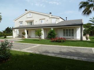 Villa privata con giardino