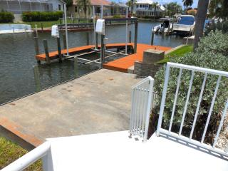 Boat Lift/Dock