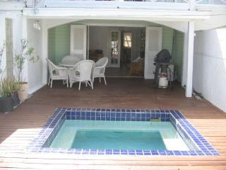 Villa 332F, Jolly Harbour