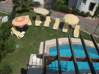 FAMILY VILLA WITH OWN POOL IN A HOLIDAY VILLAGE, Yalikavak