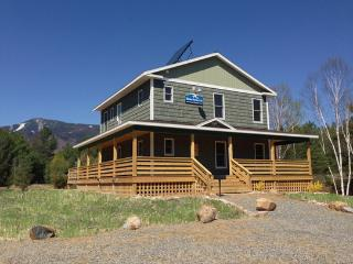 Whiteface Mountain Chalet: Hot Tub, Dog Friendly, 1.4 mi to Whiteface, Sauna, FP