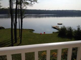 Brand new house with 200 feet of private waterfron, Bridgton