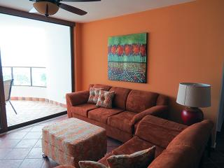 Balcones 4-11A, 3 bedroom  condo at the beach, El Farallon del Chiru