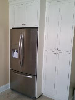 new extra-capacity refrigerator with front water/ice, plenty of storage