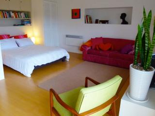 Light & airy main room