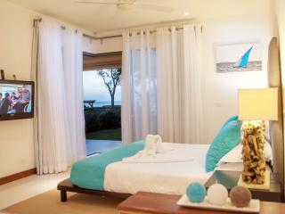 Leora Beach Luxury Suite by Dream Escapes, Tamarin