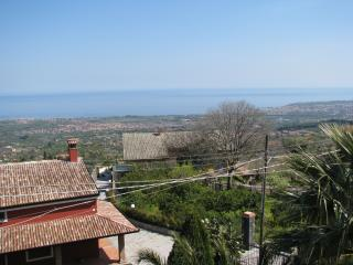 Cottage Tigra between Mount Etna & Taormina