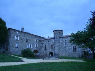 Le Manoir de Munas, Saint-Jeure-d'Ay