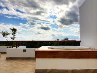 Tao Zen Penthouse: Golf Course + Wellness Center, Akumal