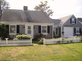 54 Hiawatha Road Harwich Port Cape Cod - Ocean's Favorite