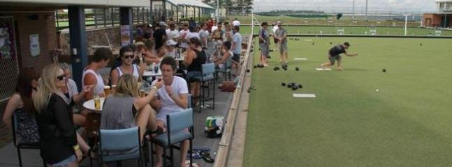 Drinks & barefoot bowls at Stockton Bowling Club - only 50m from Stockton Beach House - Life Is Good