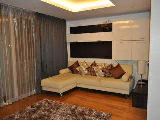 Chiang Mai 2 Bed Luxury Condo - City - Twin Peaks, Doi Saket