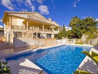 VILLA CALYPSO: high quality villa, 400m sandbeach, Calpe