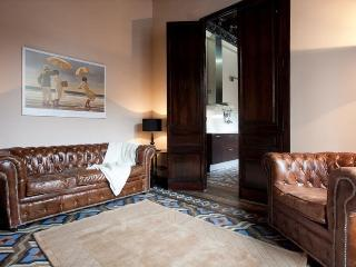 Principito Apartment with 2 Bathrooms& 2 Balconies, Barcelona