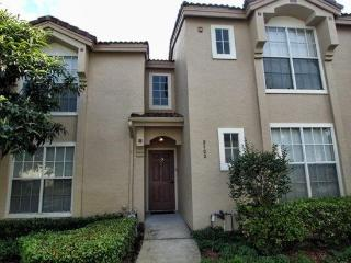 MK012OR - 2 Bedroom Townhome