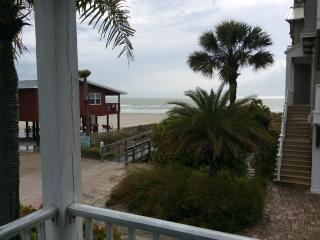 Surfside Villas - steps from the beach
