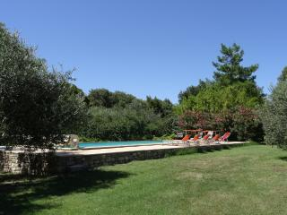 Le Clos Massadau, Old Shepherd's Cottage, Arpaillargues