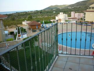 Modern appartment with stunning Sea & Pool views!!