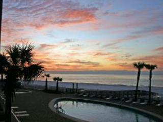 Windward Pointe -  Beach Front Beauty - 2nd Floor Corner - Gorgeous!