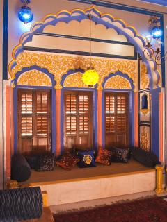 The Music Room - Like to Listen to Music? Sing Ghazals? Play Guitar? in an Exquisite Ambience !