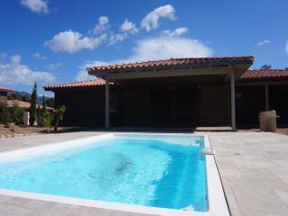 VIlla 6/8 personnes avec piscine « Les chenes », Sotta