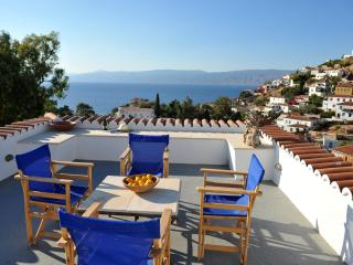 Freddy's House-One of the Great Ones-Lower Kaminia, Hydra