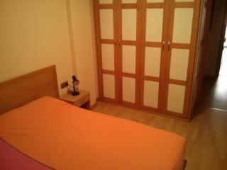 habitación principal, cama 1.50x1.90  - Main room, double bed