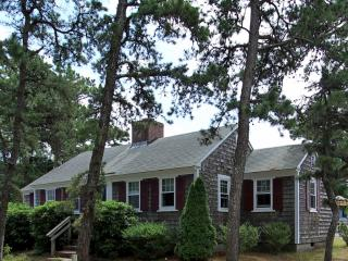 Dennis Seashores Cottage 23 - 3BR 1BA, Dennis Port