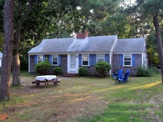 Dennis Seashores Cottage 31 - 2BR 1 BA, Dennis Port
