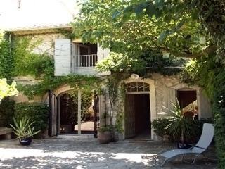 None YNF DLA, Les Baux de Provence