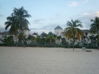 1 Bedroom Beach apartment, Ocean view, Ocho, wi-fi