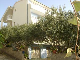 Apartmani Mila R1, Tisno