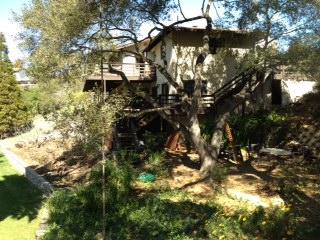 Nature Property, Huge Land Parcel, Huge Balcony with Views Kids & Dogs Haven