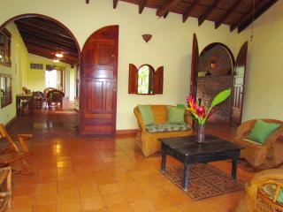 Casa Alma, Granada