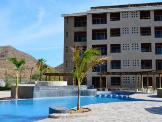 2-Bdrm w/ Panoramic Sea View - Marina Punta Nopolo, Loreto