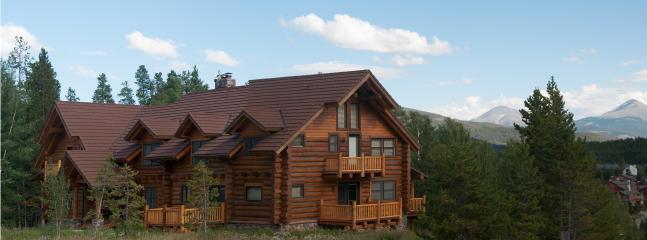 Douglas Fir Lodge in the summer