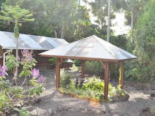 Akaka Falls Zen Retreat, Hilo