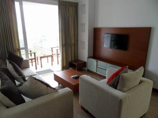 Colombo Seaside Fully Furnished 3BR Apartment