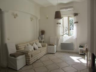 Charming central quiet apartment in Rue Massena, Nice