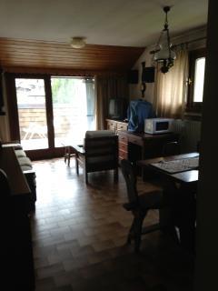 zona salotto  con vista sul balcone