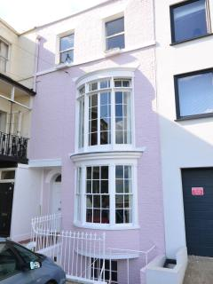 A stunning, newly renovated, 4 storey, Georgian, seafront townhouse