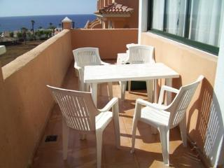 Two Bedroom Holiday Apartment Terrazas de la Paz, Golf del Sur