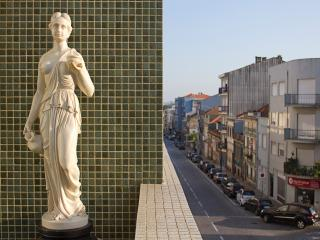 Poetry and Elegance in Oporto, Portugal (3BDR)
