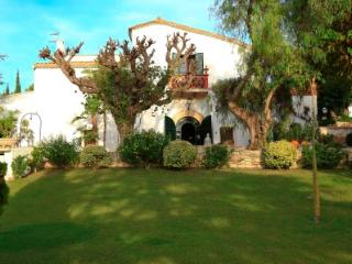 MASIA CAN PARES, set in nature, private gardens with pool, near Sitges,Barcelona
