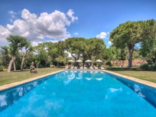 CAN PARES magical villa, 20 sleeps, Sitges, BCN