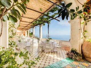 Montepertuso Villa Sleeps 20 with Pool and Air Con - 5717371