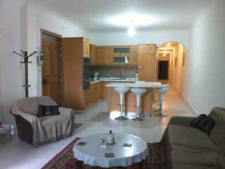 Large flat 3 minutes from the sea, Xemxija