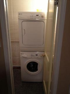 Washer/Dryer Convenient