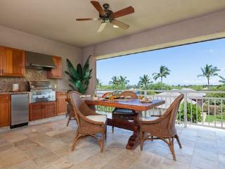 622 Villages Mauna Lani.  Includes Mauna Lani Beach Club Pass