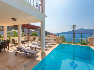 Villa Panderus, spectacular sea-views, Kalkan